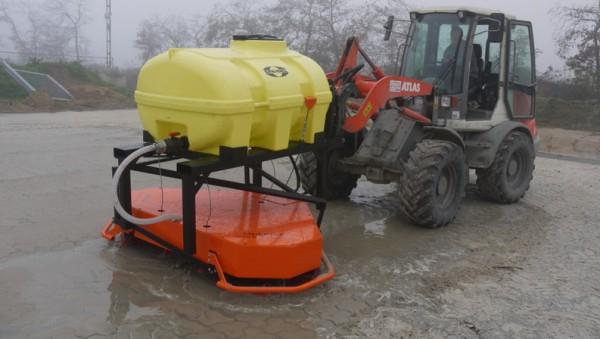 Pflasterfugen-Füllgerät für den Anbau an Radlader